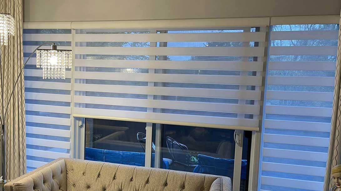 zebra blinds, roller blinds, roller blinds in Montreal, roller blinds in laval, auventroyal roller blinds